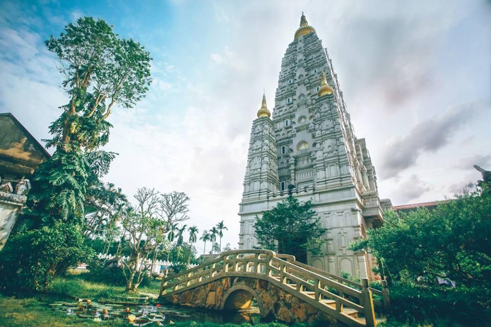 Ngôi chùa Huyền Không với kiến trúc giao thoa nhiều nền văn hóa giữa cố đô Huế