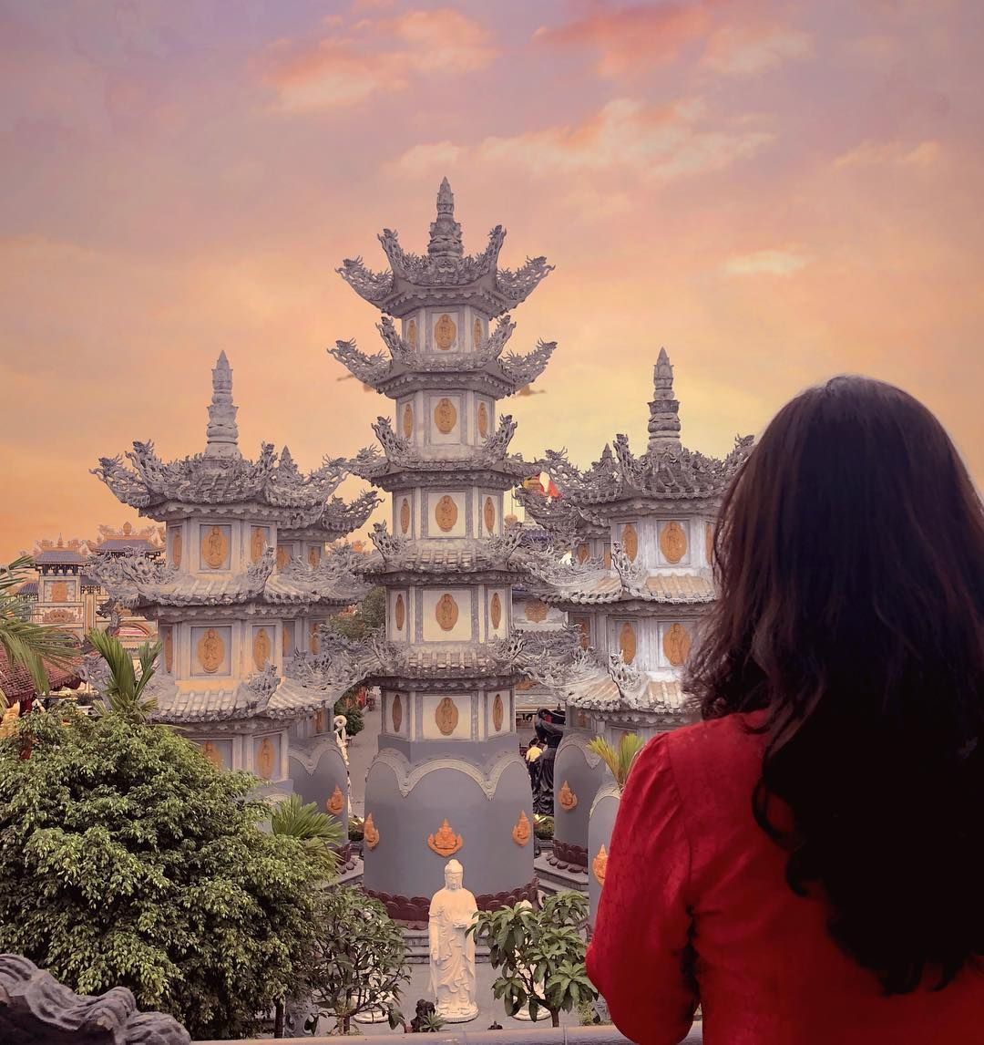 Nhung-ngoi-chua-dep-va-linh-thieng-nhat-Hai-Phong