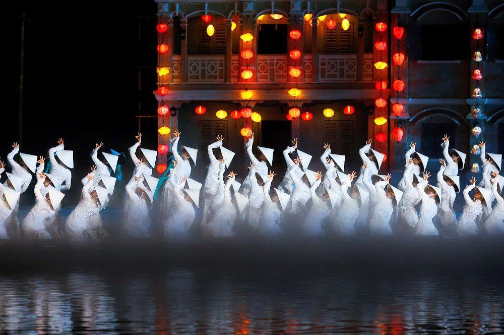 show-dien-thuc-canh-ky-uc-hoi-an-tai-hien-net-van-hoa-truyen-thong-o-viet-nam9