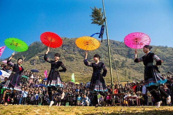 Lễ-hội-Roóng-Poọc-của-người-Dáy-Tả-Van-e1546839347535