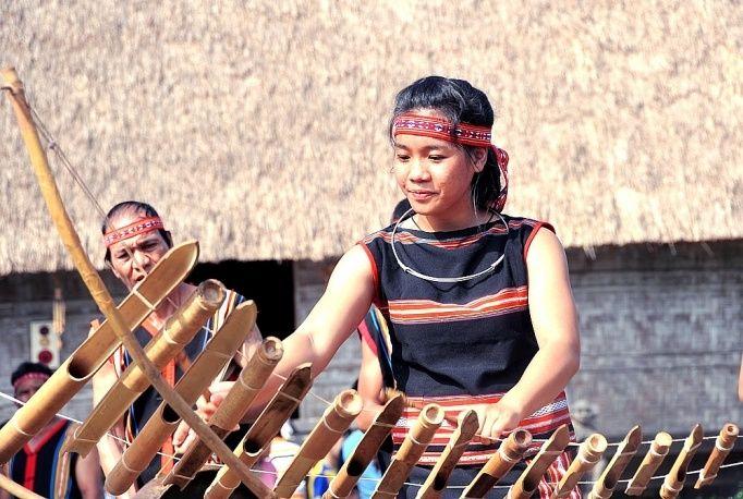 tim-hieu-ve-van-hoa-cong-chieng-tay-nguyen-11