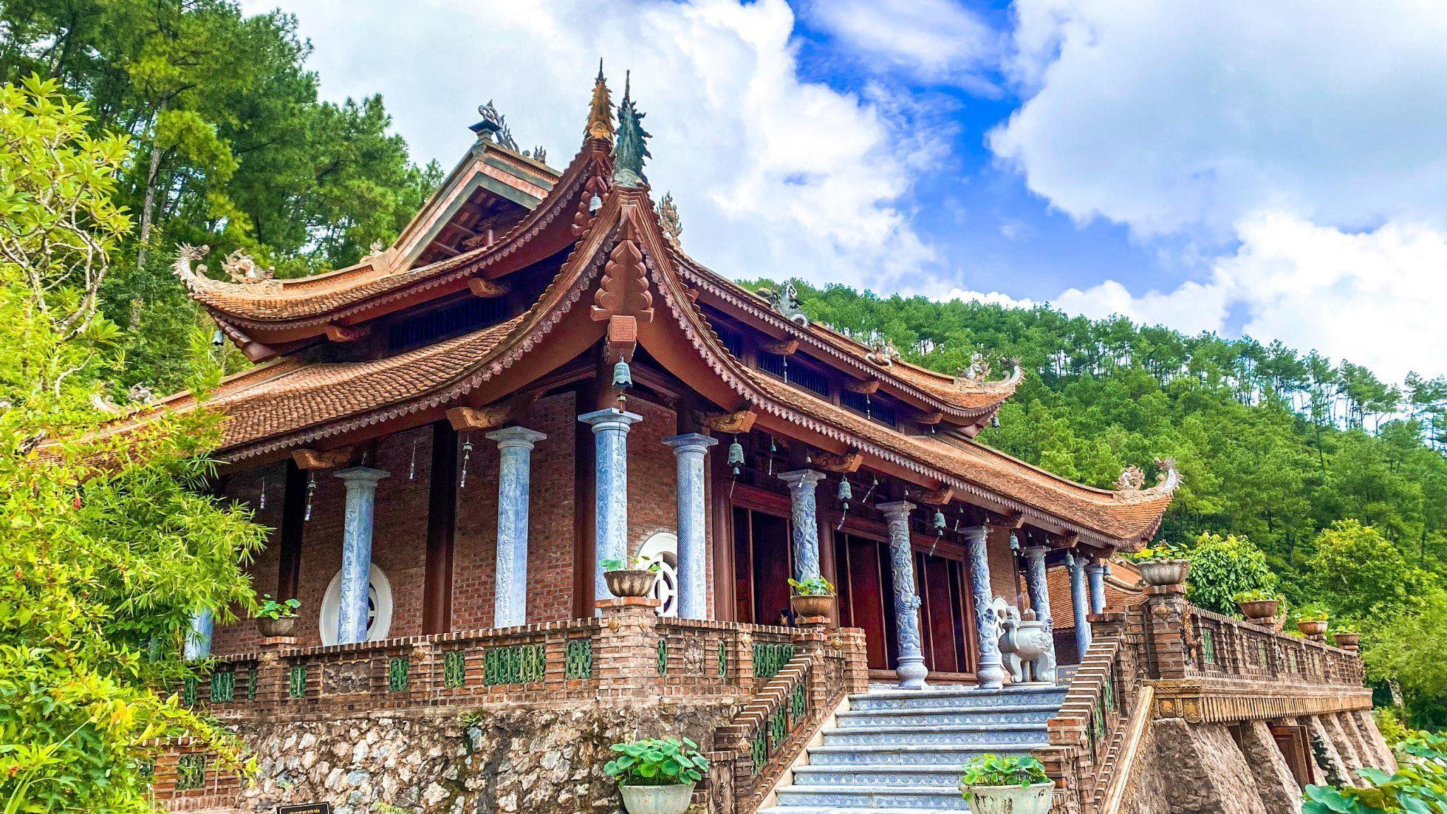Khám phá vẻ đẹp nghìn năm ở chùa Địa Tạng Phi Lai Tự