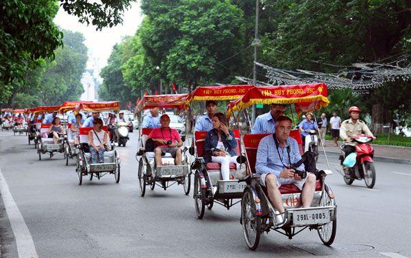 Xích lô - nét văn hóa lâu đời cực hút khách quốc tế ở Hà Nội