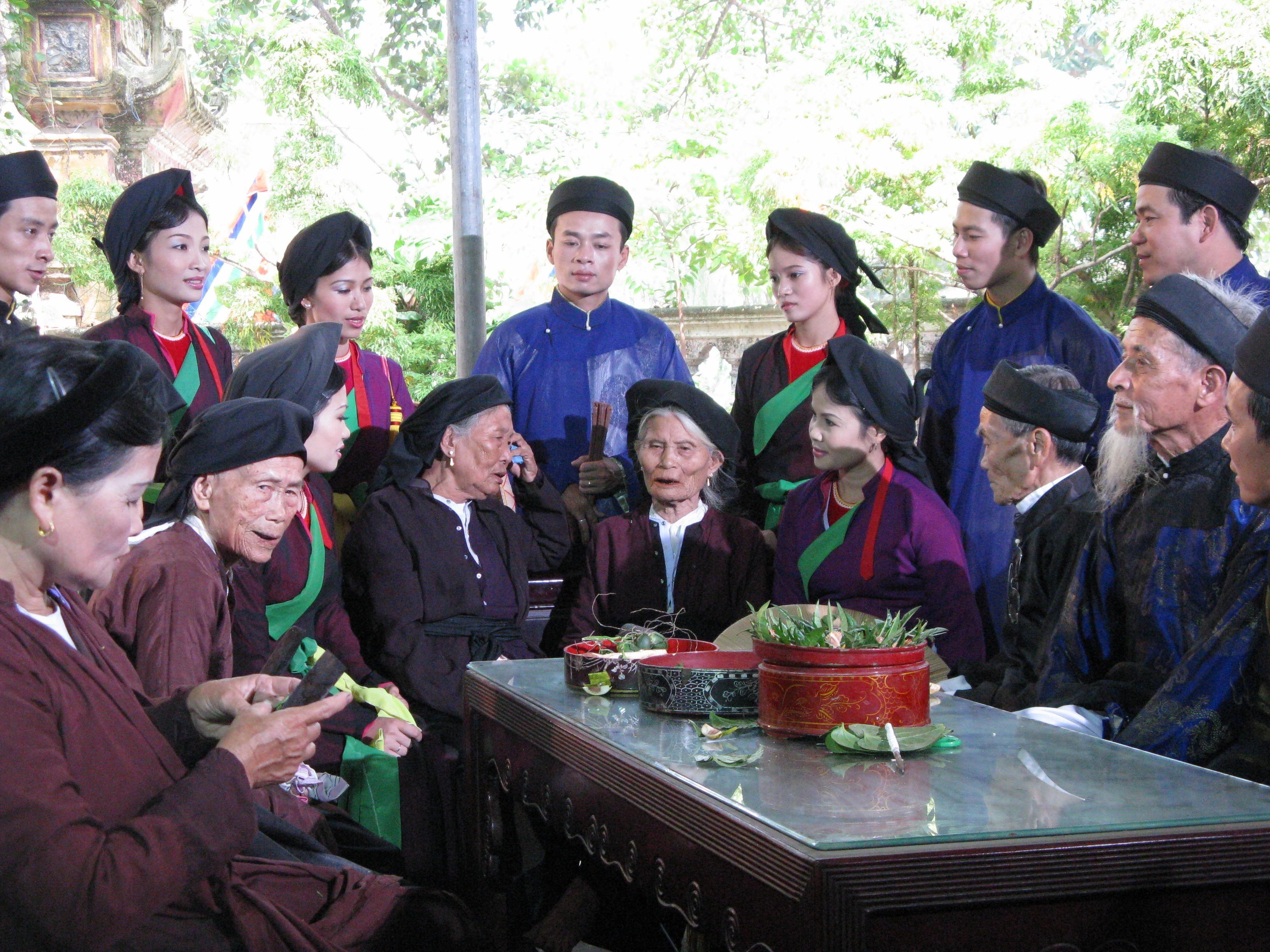 Thuong-thuc-dan-ca-quan-ho-8