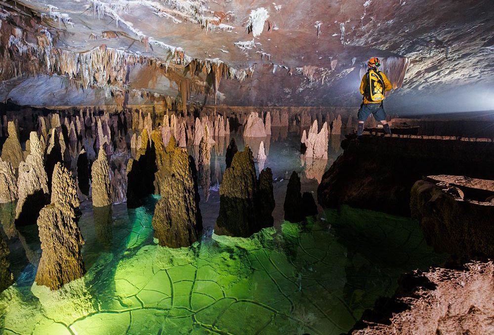 Top 6 hang động đẹp huyền ảo cực hút khách quốc tế đến Việt Nam