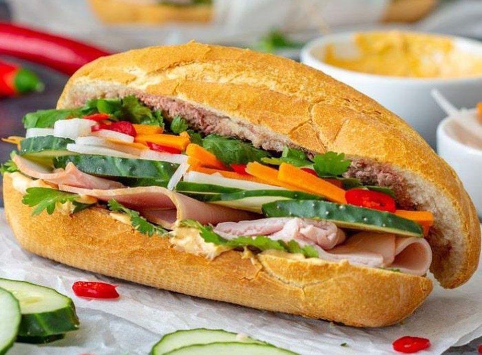 Bánh mì Việt Nam - một trong những món ăn đường phố ngon nhất thế giới