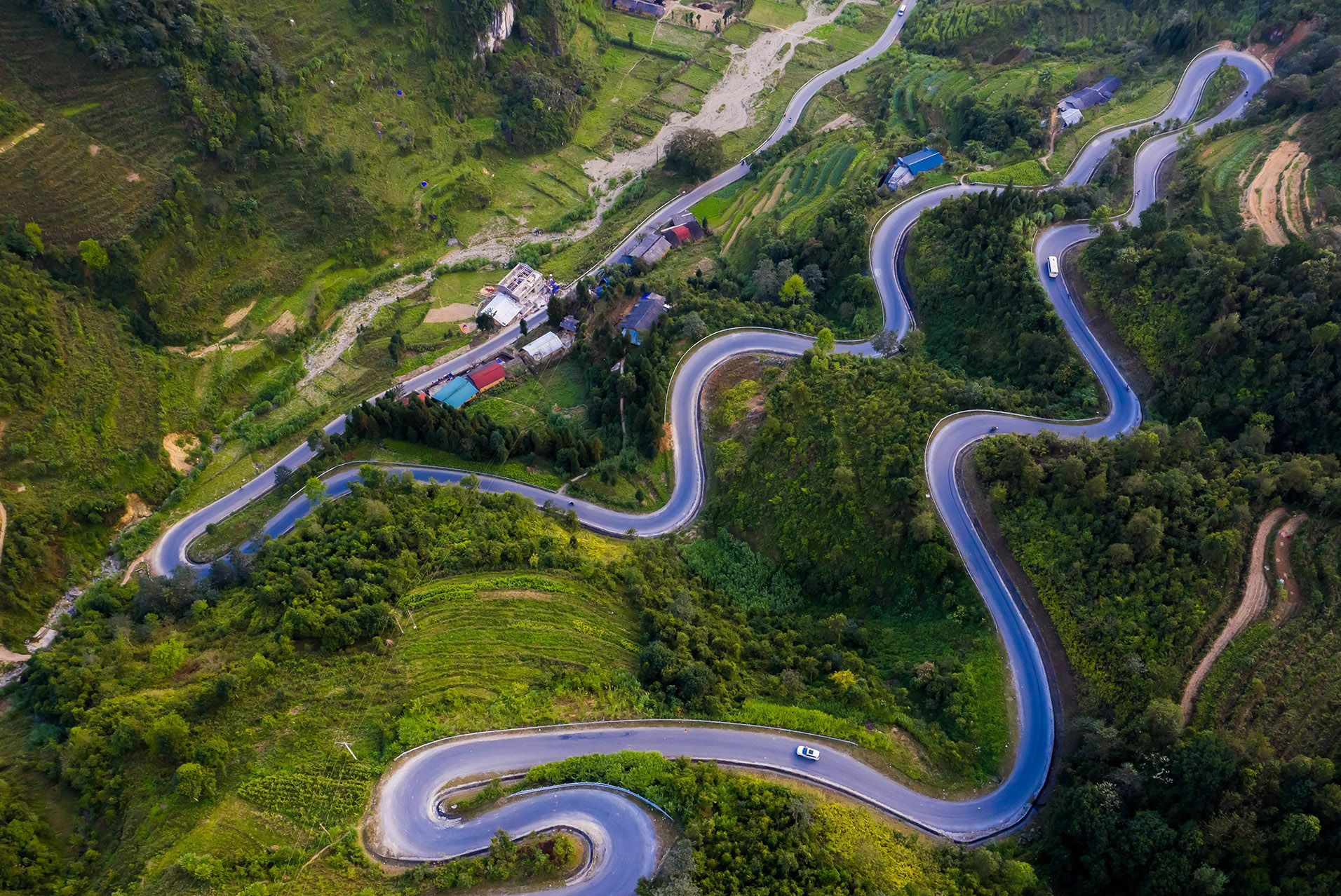 6 cung đường đèo hiểm trở ở Việt Nam thách thức mọi du khách