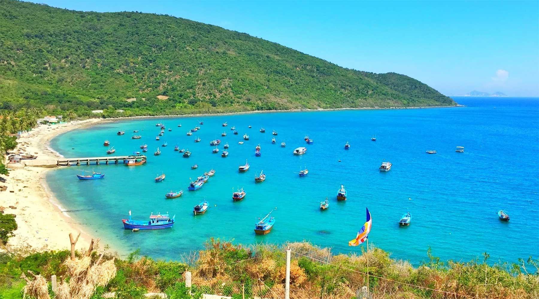 Khám phá 6 vịnh biển xinh đẹp nhất Việt Nam