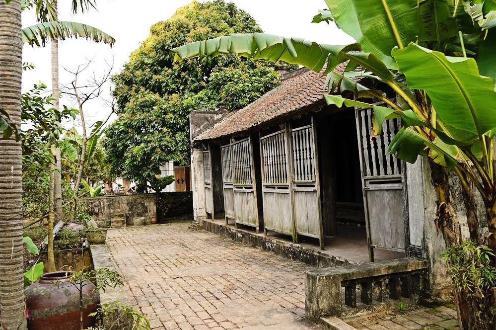 Thăm ngôi nhà cổ Bá Kiến 140 năm tuổi đầy bí ẩn ở Hà Nam