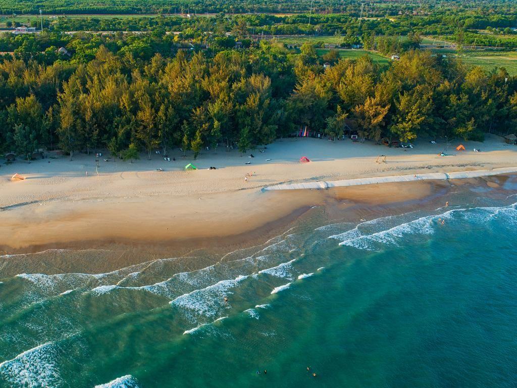 Có gì ở Hồ Tràm - một trong những bãi biển đẹp nhất Đông Nam Á