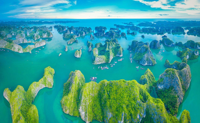 Đến thăm vịnh Lan Hạ thuộc top vịnh đẹp nhất thế giới ở Hải Phòng
