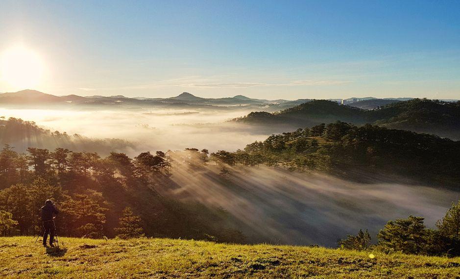 Hồ Suối Vàng nên thơ với 'đặc sản' mây luồn cực đẹp