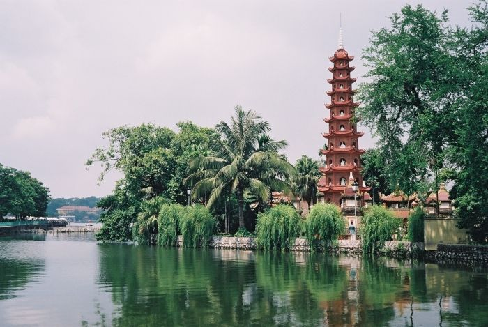 Legends of the 3 most sacred ancient pagodas in Hanoi