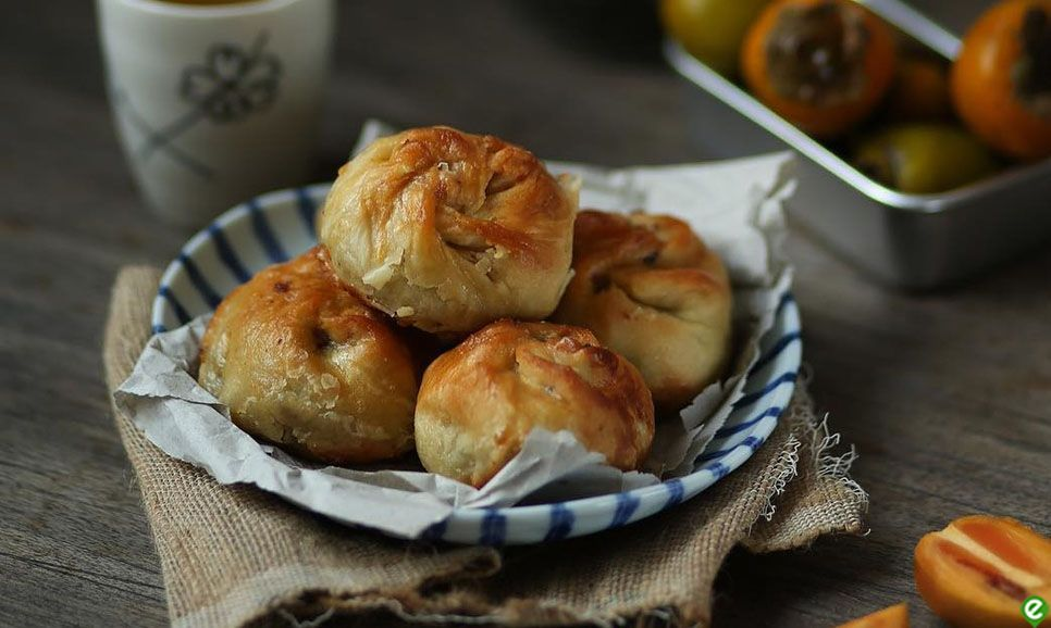 The special cake Xiu Pao (Baked BBQ Pork Bun) in Nam Dinh - the uniqueness from its name to taste