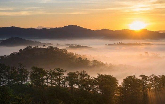 Đồi Thiên Phúc Đức - địa điểm săn mây nổi tiếng ở Đà Lạt