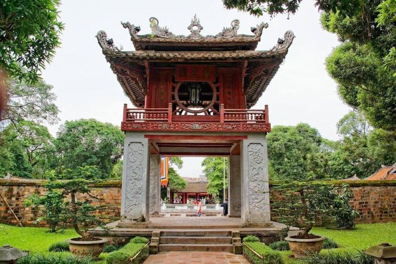 The two long-standing cultural and historical sites not to be missed when you come to Hanoi