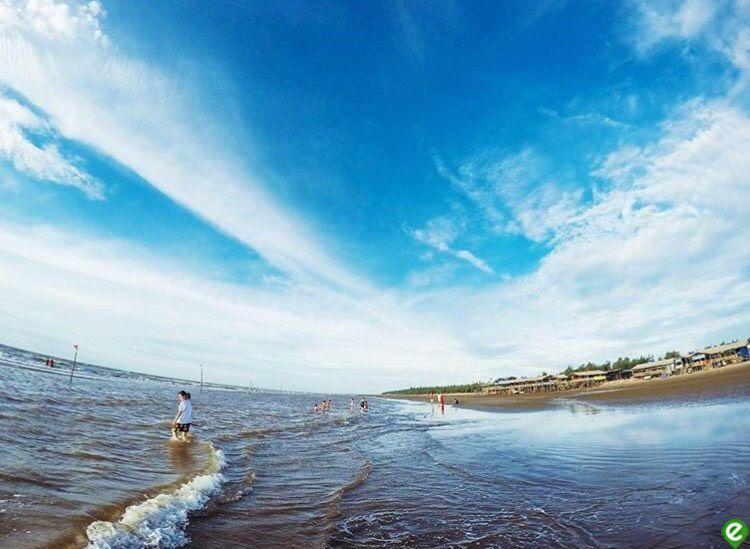 コンヴァンビーチ by: tintuc