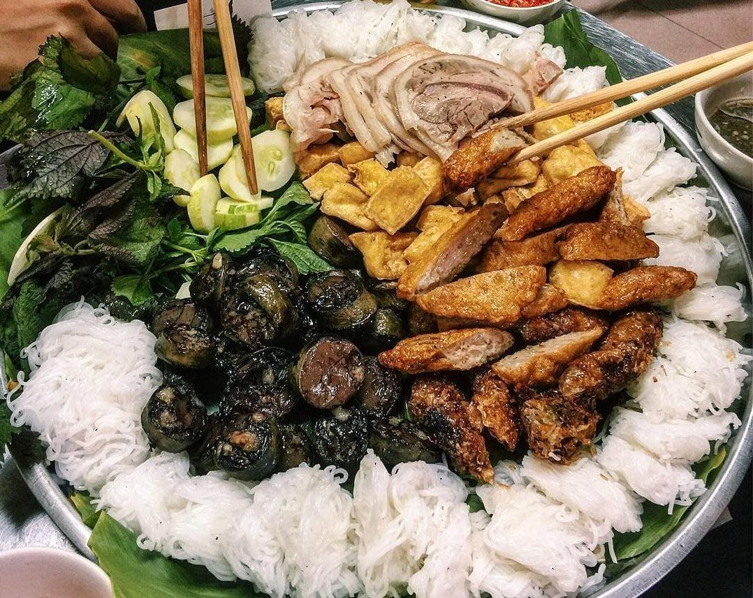 """Five tasty noodle dishes of Hanoi that can easily """"captivate"""" you"""