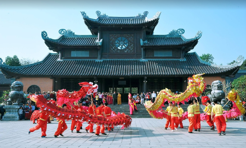 Five major cultural festivals in Northern Vietnam that attract countless visitors in the early spring