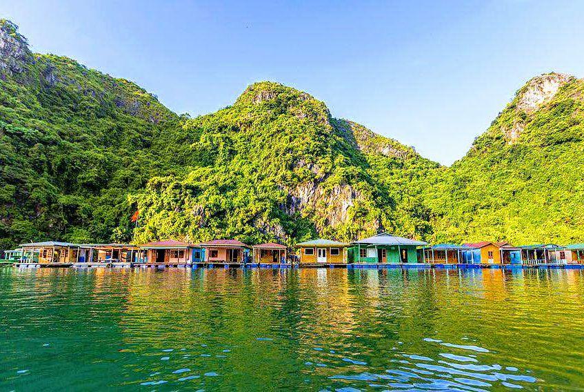 Ghé thăm làng chài Cửa Vạn thuộc top đẹp nhất thế giới