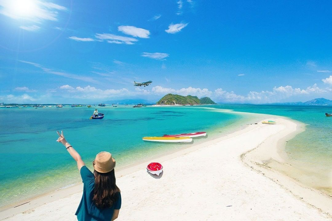 Four picturesque destinations which remain unspoiled in Van Phong Bay