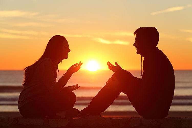 初デートの成功は会話で決まる!デートで沈黙をなくすポイント