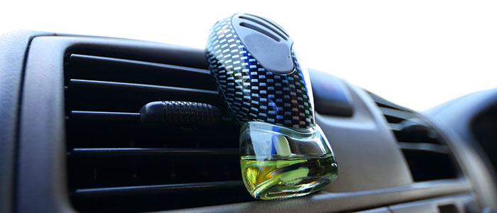 芳香剤 - ドライブデートのポイント