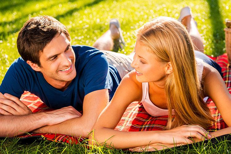 公園デートをしよう!楽しみ方・持ち物・服装を紹介