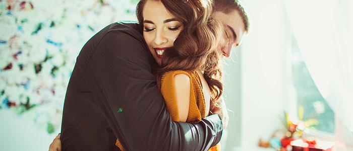 嫉妬しにくい女性 - 年下彼氏と上手に付きあえる女性
