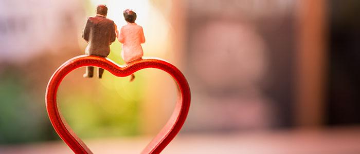 日本人の平均結婚年齢