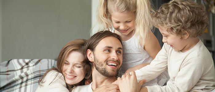 両親の仲がいい男性 - 一途な男性の見分け方