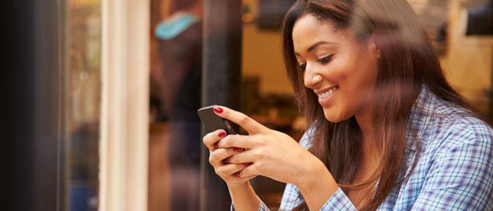 LINEやメールの頻度が多く・長い - 女性が見せる脈ありサイン