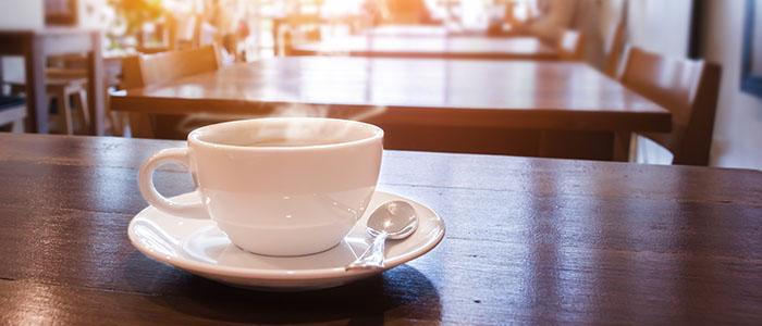 カフェや公園 - 別れ話をする場所選び