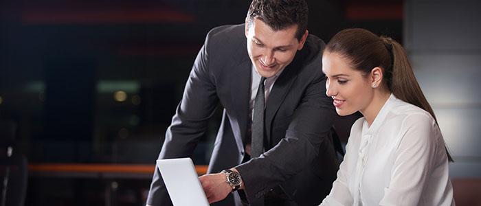 職場での出会い - 再婚におすすめの出会いの場所