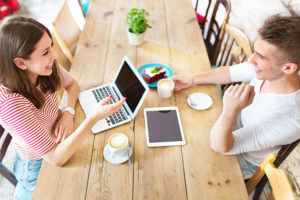 社会人の恋愛の仕方・進め方!仕事と恋を両立させるポイント