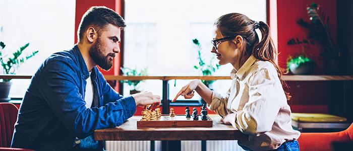 共通の趣味や話題を見つける - 女性が苦手な男性との距離の縮め方