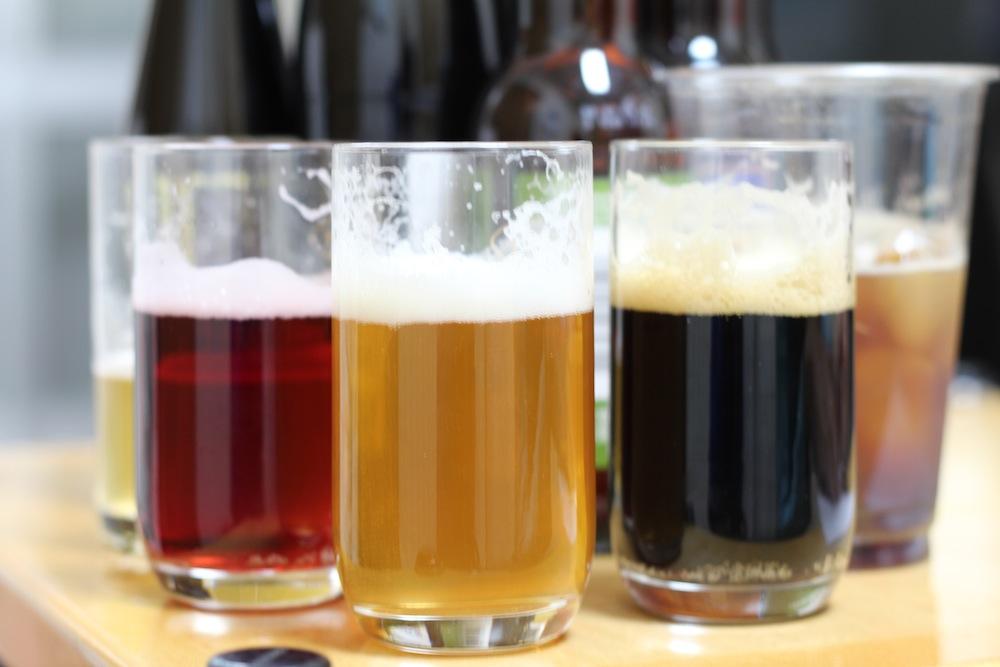 ビールの色の違いがきれいです。:ビール好きな彼にプレゼントしたい、バレンタインギフトにおススメのクラフトビール(天野麻菜×yucco)