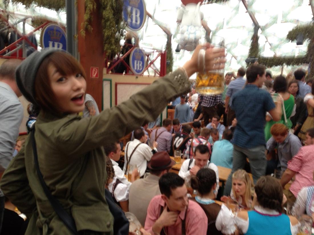 眞鍋かをりの旅先ビール オクトーバーフェスト、行っちゃいました!