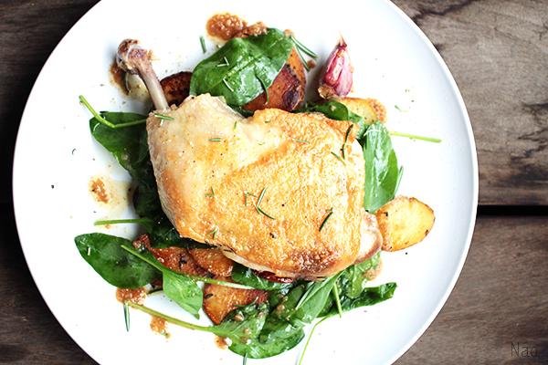 ローズマリー香る鶏もも肉のコンフィ ペールエール おつまみレシピ