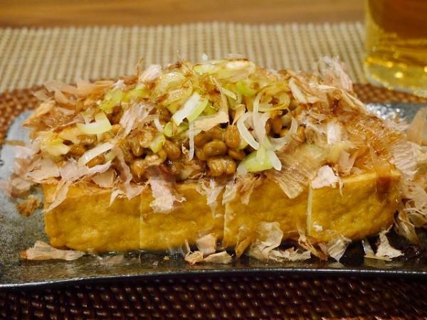 カリカリ厚揚げのネギ納豆ソース
