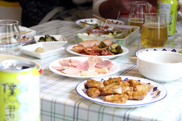 おみやげのホタテや、京成小岩クラフト酒屋さんおすすめのハムやソーセージ