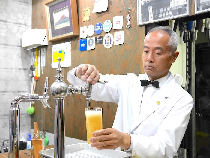 広島 ビール注ぎ 重富