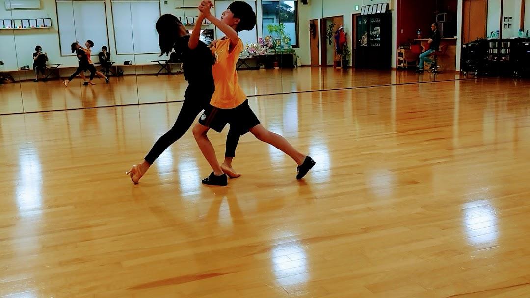 社交ダンススタジオ BALL HALL 特徴画像