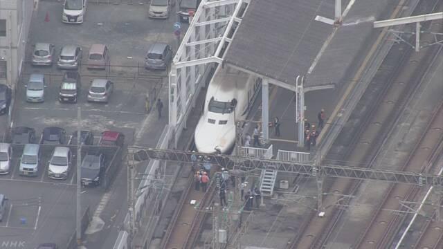 山陽新幹線 ボンネット破損 人と接触か 広島~博多運転見合わせ | NHKニュース