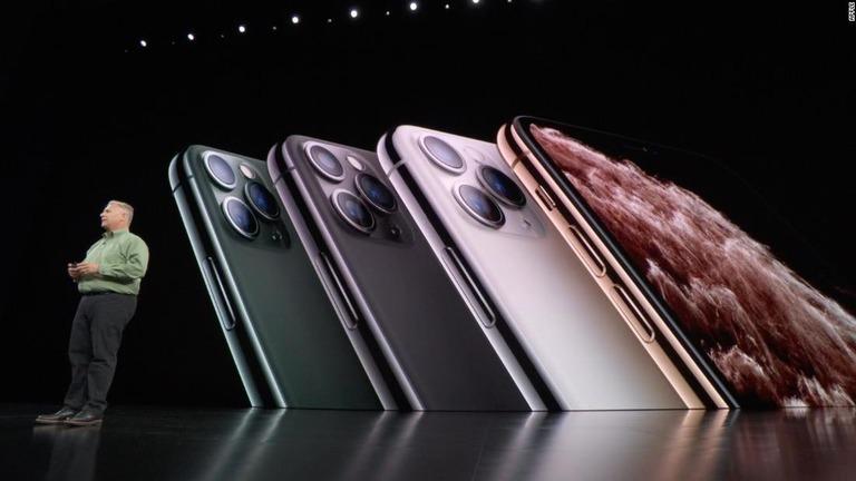 CNN.co.jp : 新型iPhone怖い、「集合体恐怖症」発症者が続出