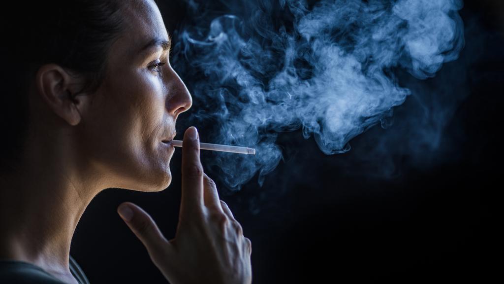 「タバコ喫煙者はコロナ感染から守られる」決定的証拠 タバコが救う人間の命   PRESIDENT Online(プレジデントオンライン)