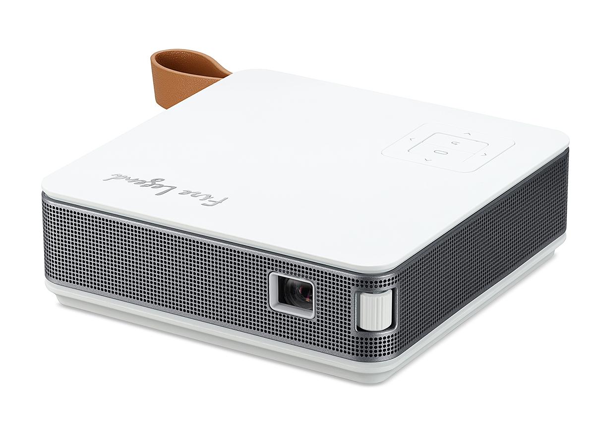AOPEN、440gのポータブルプロジェクタ。モバイルバッテリにもなる  - PC Watch