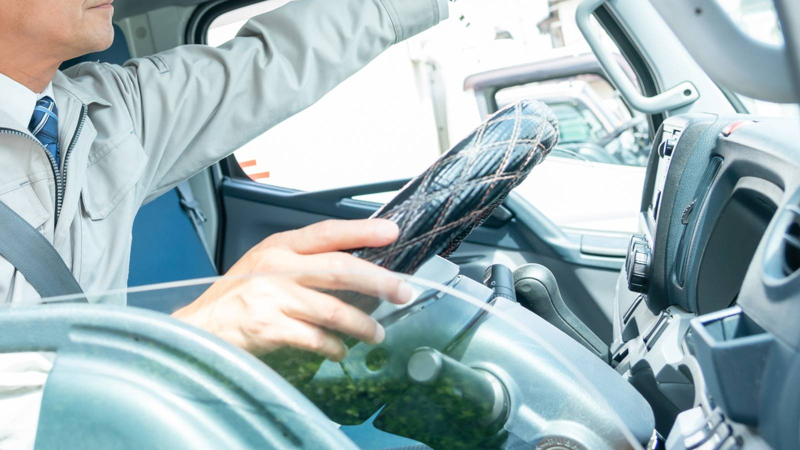 トラック運転手を追い詰める心ない消費者の声   ワークスタイル   東洋経済オンライン   経済ニュースの新基準