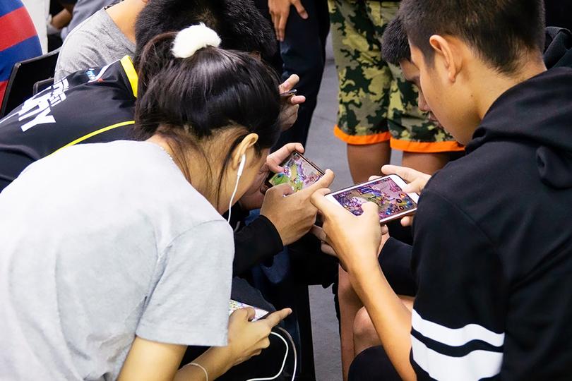 「わが子をスマホゲーム中毒にしたくない」すべての親に読んでほしい、あるゲーム開発者の話 | BUSINESS INSIDER JAPAN