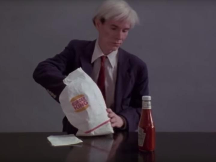 アンディ・ウォーホルがバーガーを食べるだけ、困惑と怒りが広がるバーガーキングのスーパーボウル広告 | BUSINESS INSIDER JAPAN
